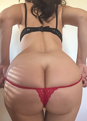 Big Ass Thong Porn Pictures