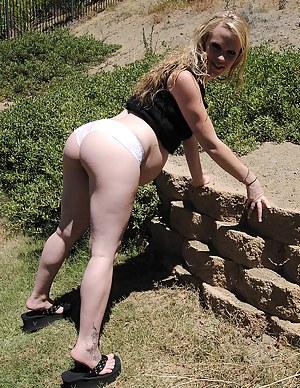 Big Ass Pregnant Porn Pictures
