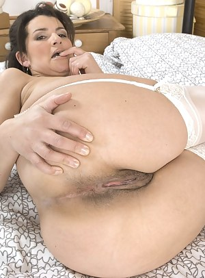Big Ass and Pussy Porn Pictures