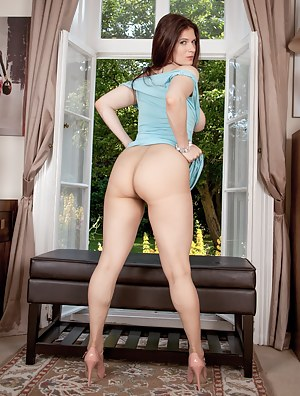 Big Ass Wife Porn Pictures