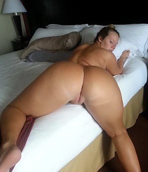 Big Ass Moms Porn Pictures
